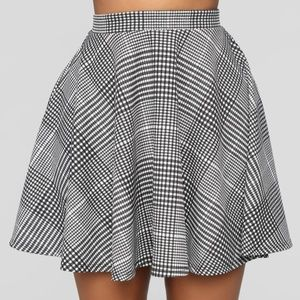 FASHIONNOVA Plaid Circle Skirt - Size M